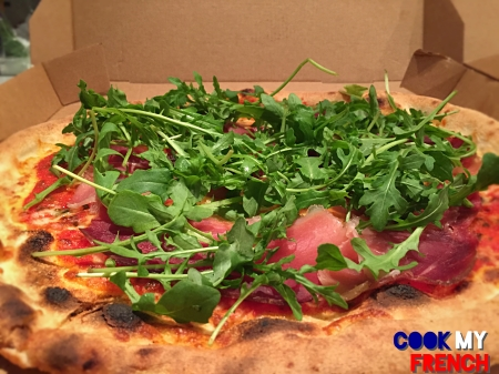 Sette rocket salad pizza